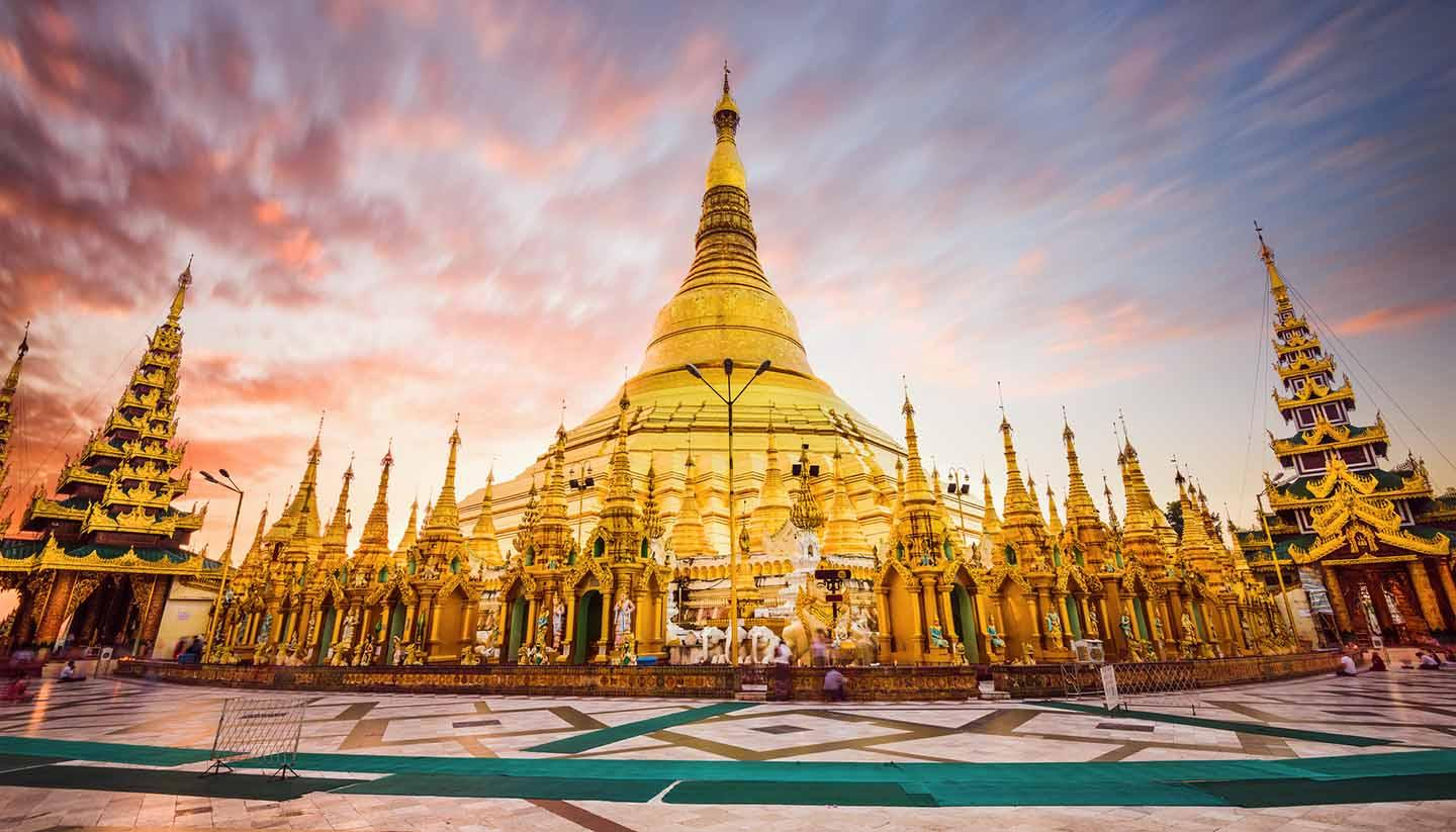 MYANMAR - YANGON - BAGO  - GOLDEN ROCK